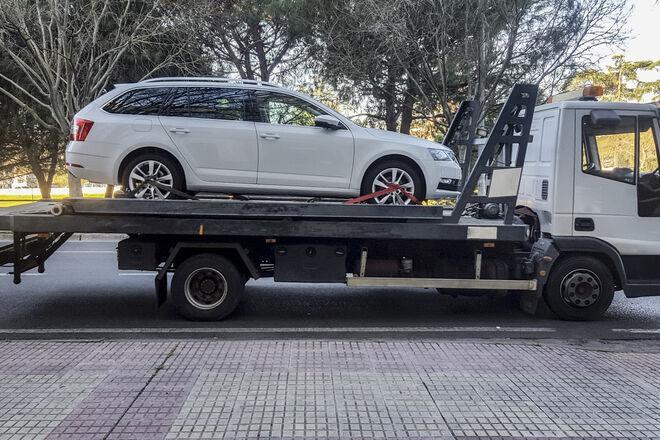 Евакуація авто в Києві обходиться невиправдано дорого - суму можна оскаржити та знизити вдвічі